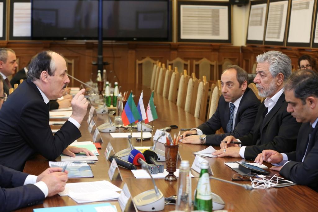 Рамазан Абдулатипов провел встречу с представителями иранской инвестиционной компании «Хамрахиян»