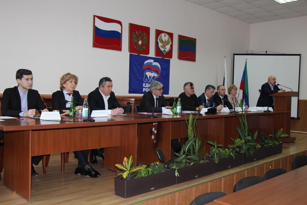 Участники предварительного голосования встретились с избирателями Каспийска
