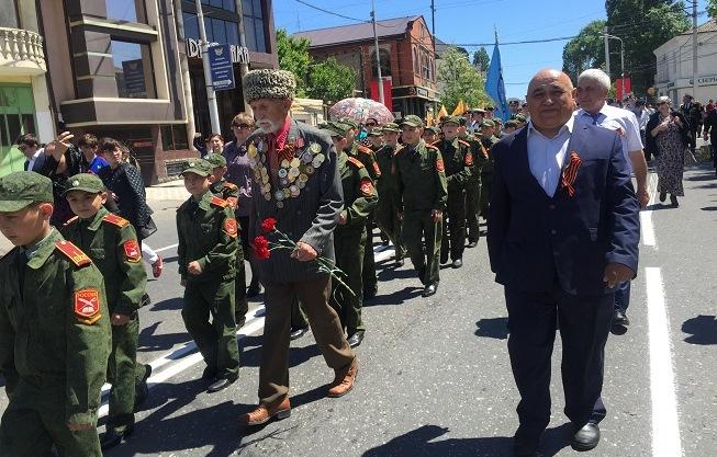 Дагестанский филиал РусГидро поздравил ветеранов Великой Отечественной войны