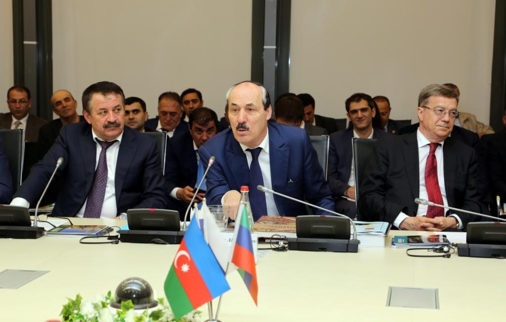 Рамазан Абдулатипов провел встречу с Министром экономического развития Азербайджана ШахиномМустафаевым