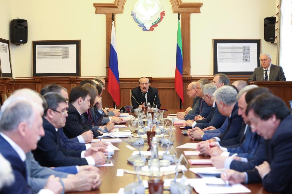 Рамазан Абдулатипов: «Прозрачные, понятные механизмы получения грантов, субсидий должны стать нормой»