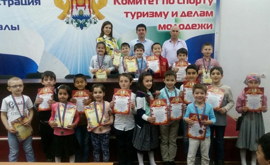 Братья Кебедовы стали лучшими на республиканском шахматном турнире