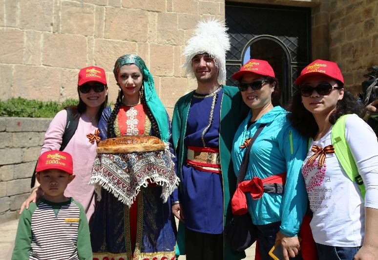 Китайские туроператоры посетят фестиваль шашлыка в Дербенте