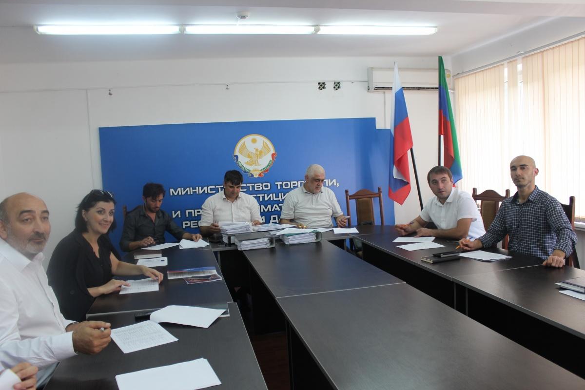 В Агентстве по предпринимательству и инвестициям РД начались заседания по отбору субъектов МСП для грантовой поддержки