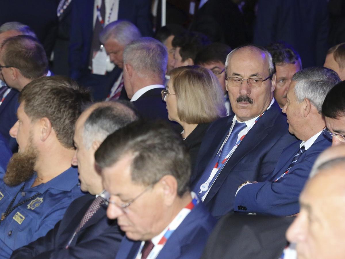 Рамазан Абдулатипов принял участие в пленарном заседании Международного инвестиционного форума «Сочи -2016»