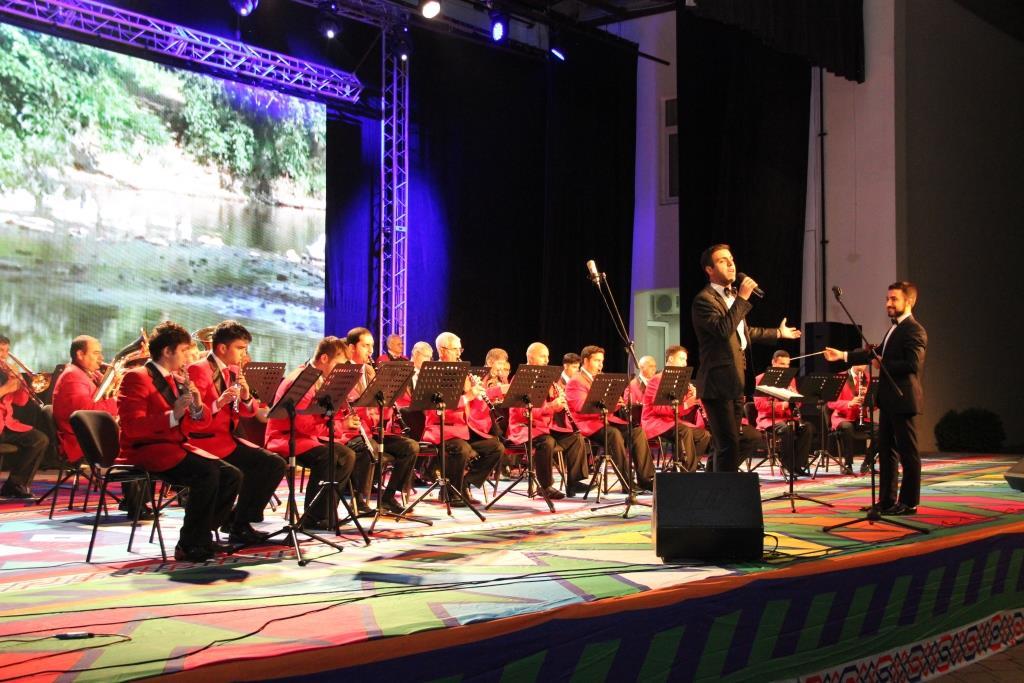 Азербайджанский оркестр. Дагестанские фанфары.