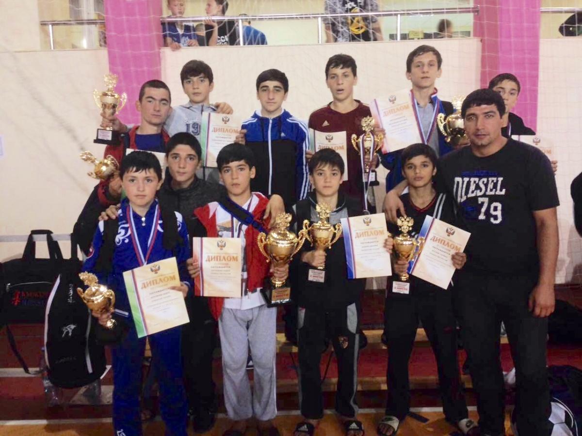 Юные дагестанские каратисты завоевали путевки на первенство мира