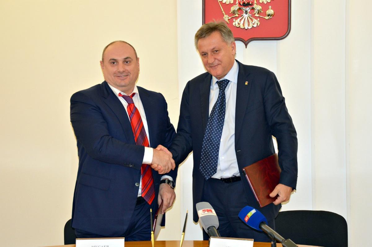 Симферополь и Махачкала подписали соглашение о сотрудничестве