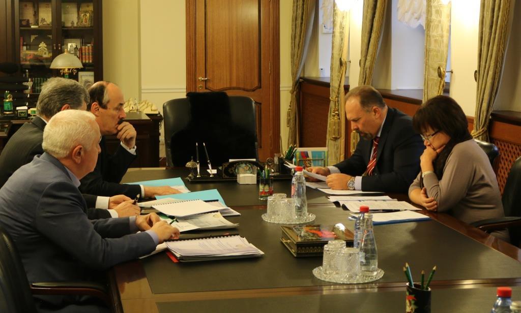 В Москве состоялась встреча Главы Дагестана и министра строительства и ЖКХ России.