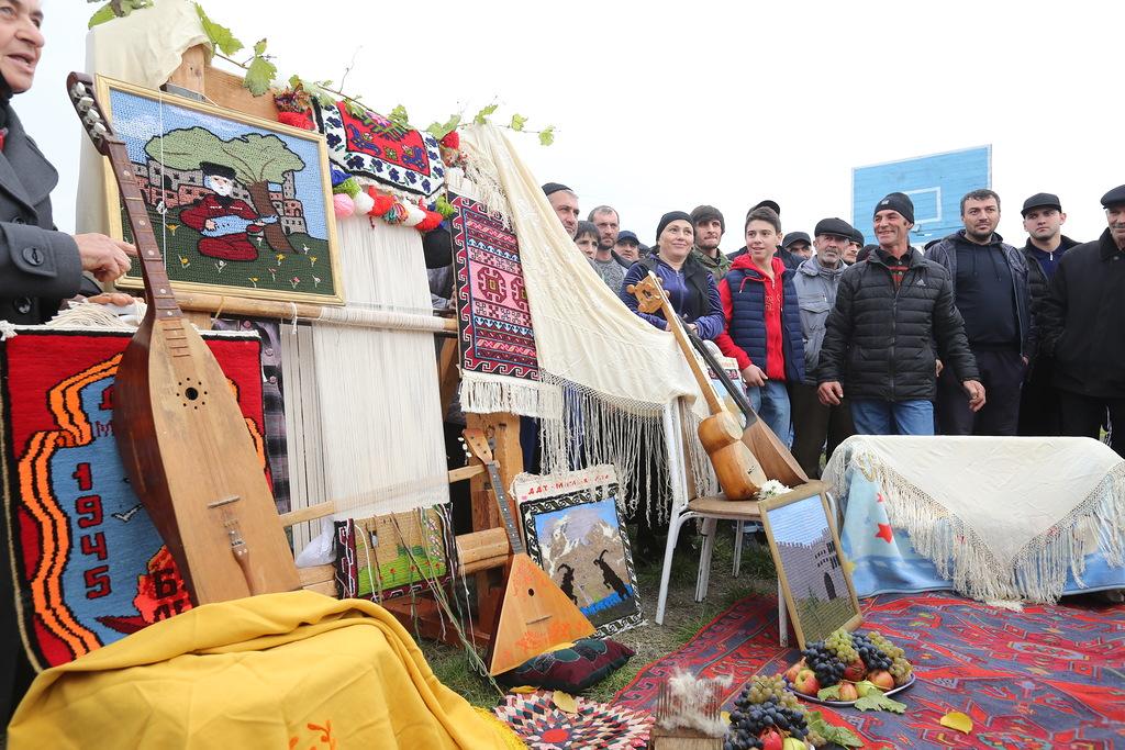 Рамазан Абдулатипов поздравил жителей Дербентского района с 95-летием муниципалитета