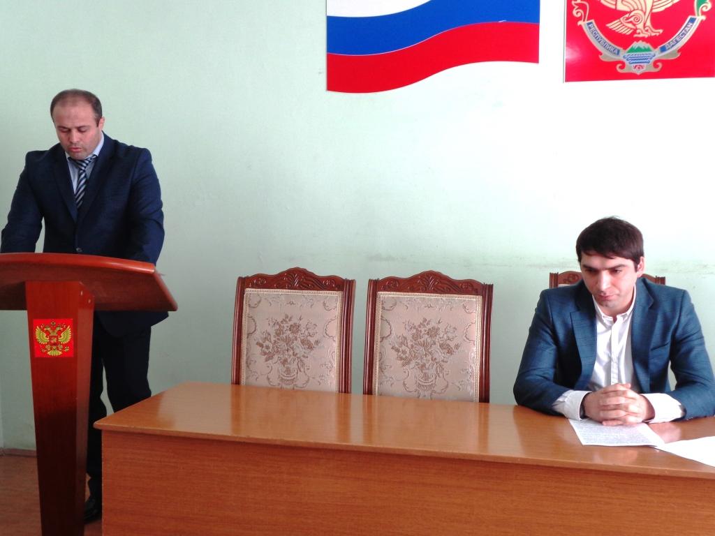 Организацию летнего отдыха детей и подростков обсудили в Дагестанских Огнях