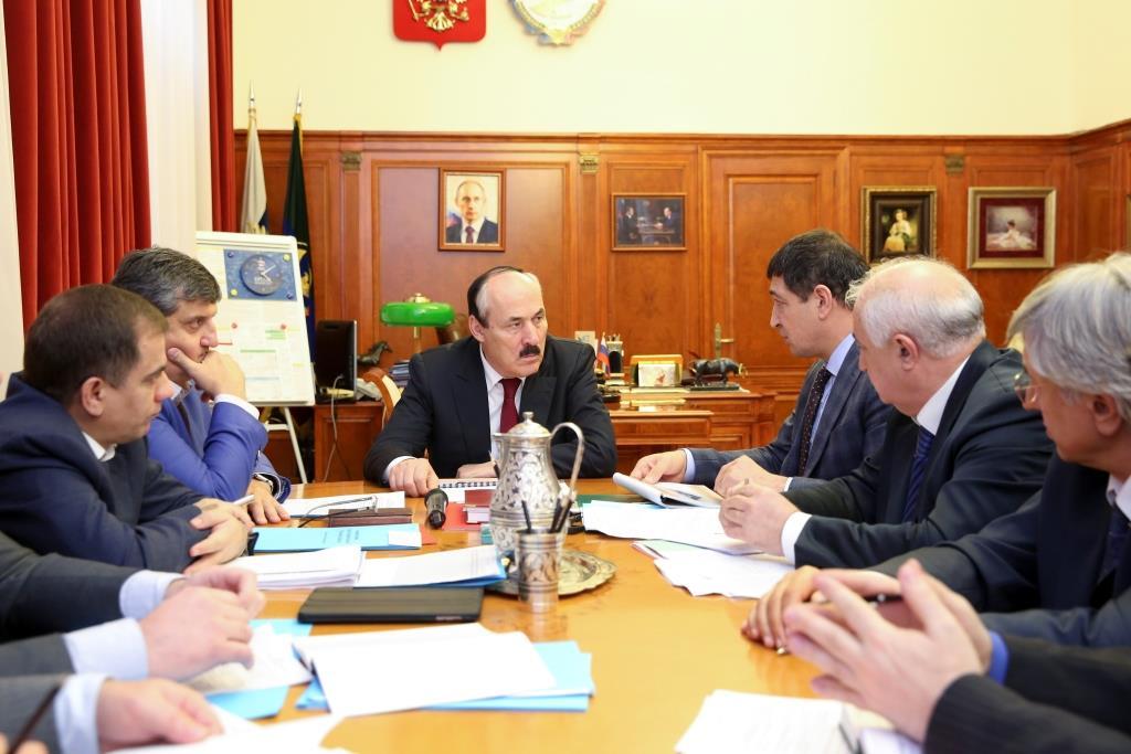 Рамазан Абдулатипов провел рабочие встречи с главами  Ахтынского и Агульского районов