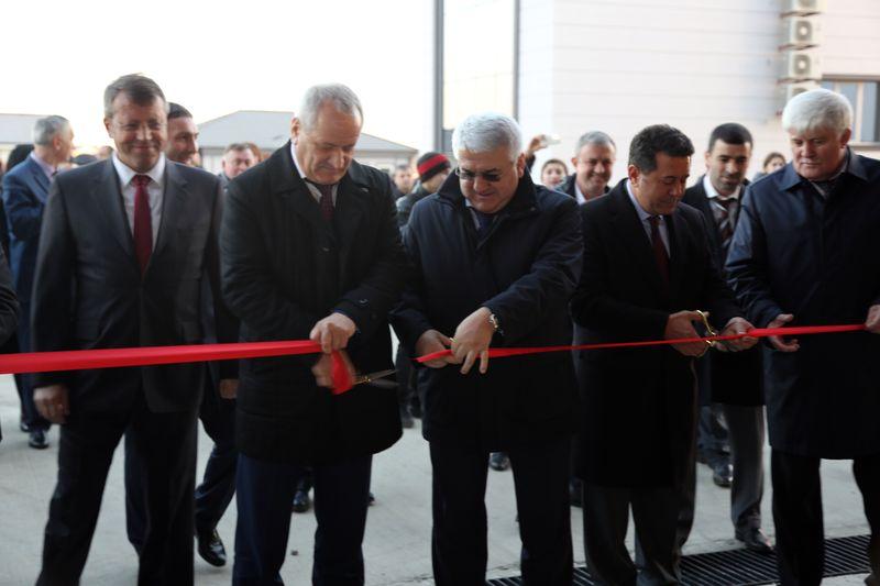Рамазан Алиев принял участие в торжественном открытии завода «Алмар Каспиан»