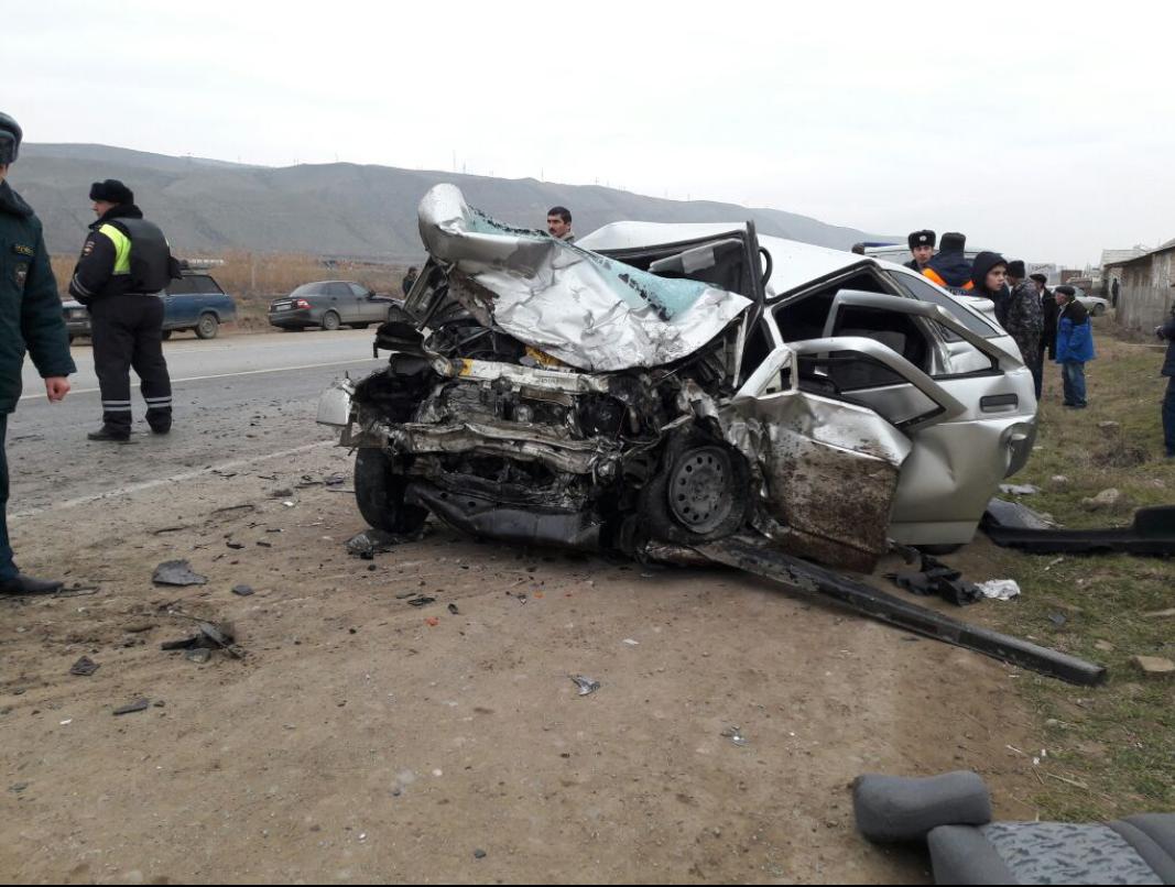 В результате ДТП в Дербентском районе погибло шесть человек