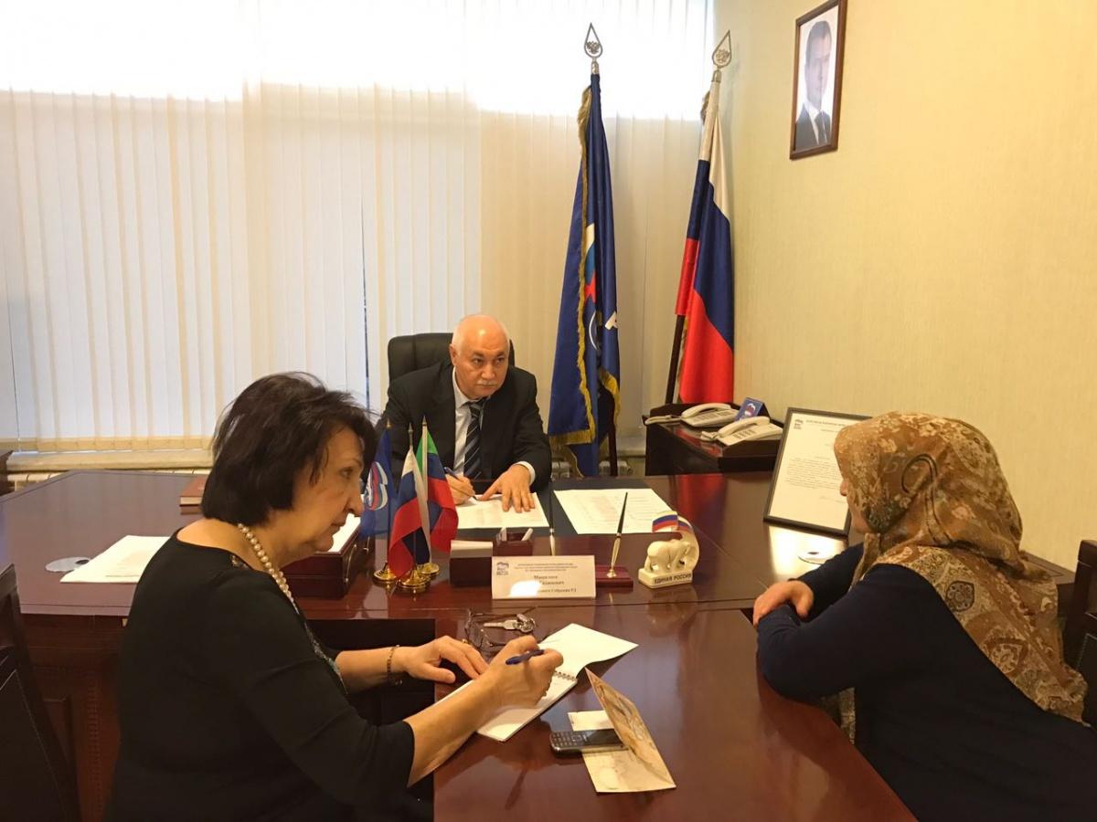 Депутат парламента республики Муса Мащилиев провел прием граждан в Общественной приемной «ЕДИНОЙ РОССИИ»