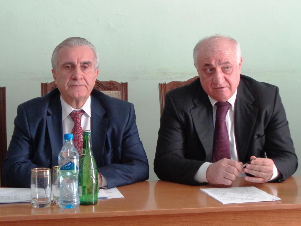 Али Хазбулатов посетил Дагестанские Огни с рабочим визитом