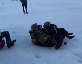 Интернет покорило видео бабушек-экстрималок на Чиндерчеро в Дагестане