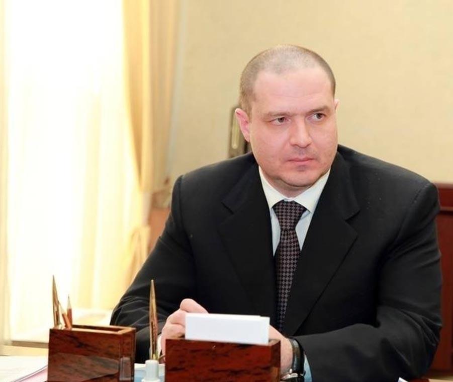 Арсен Гасанов покинул пост первого заместителя Постпреда РД при Президенте РФ