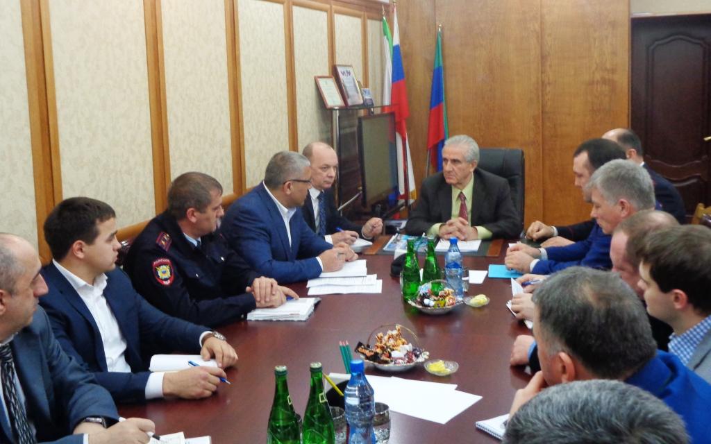 Плановая проверка работы антитеррористической комиссии администрации городского округа состоялась в Дагестанских Огнях