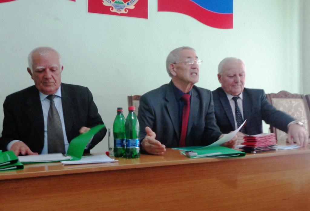 В Дагестанских Огнях состоялось заседание Общественной палаты