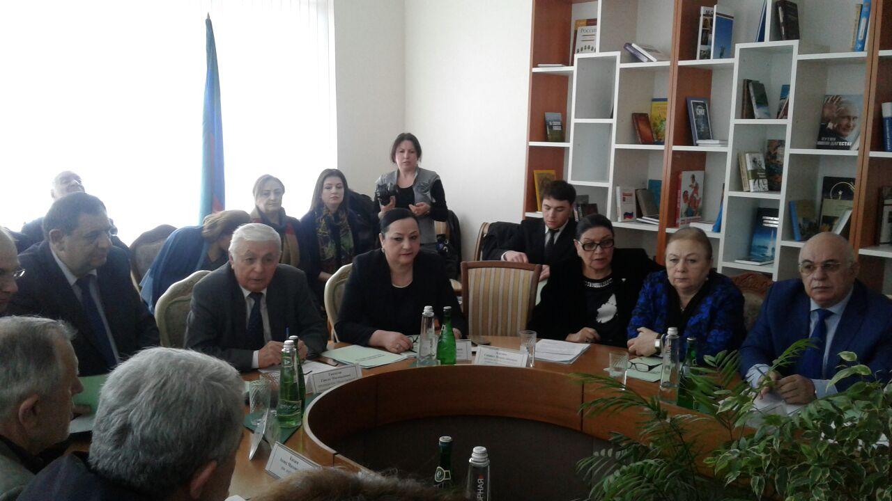 Противодействие виртуальным призывам подростков к суициду обсудили в Дагестане