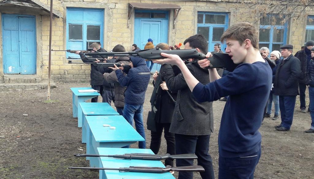 Учащиеся общеобразовательных учреждений г. ДагОгни соревновались в пулевой стрельбе