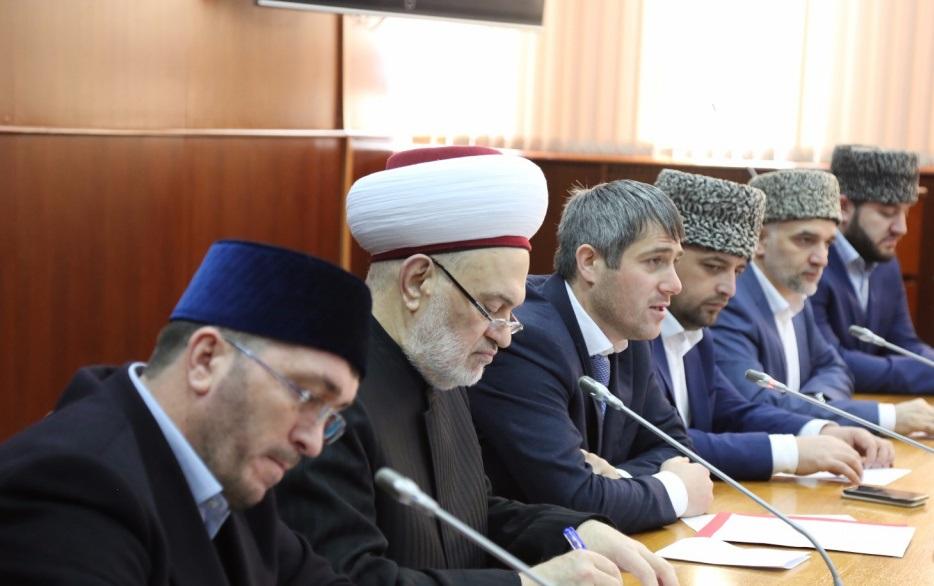 Известный исламский богослов из Сирии посетил Дагестан с дружеским визитом