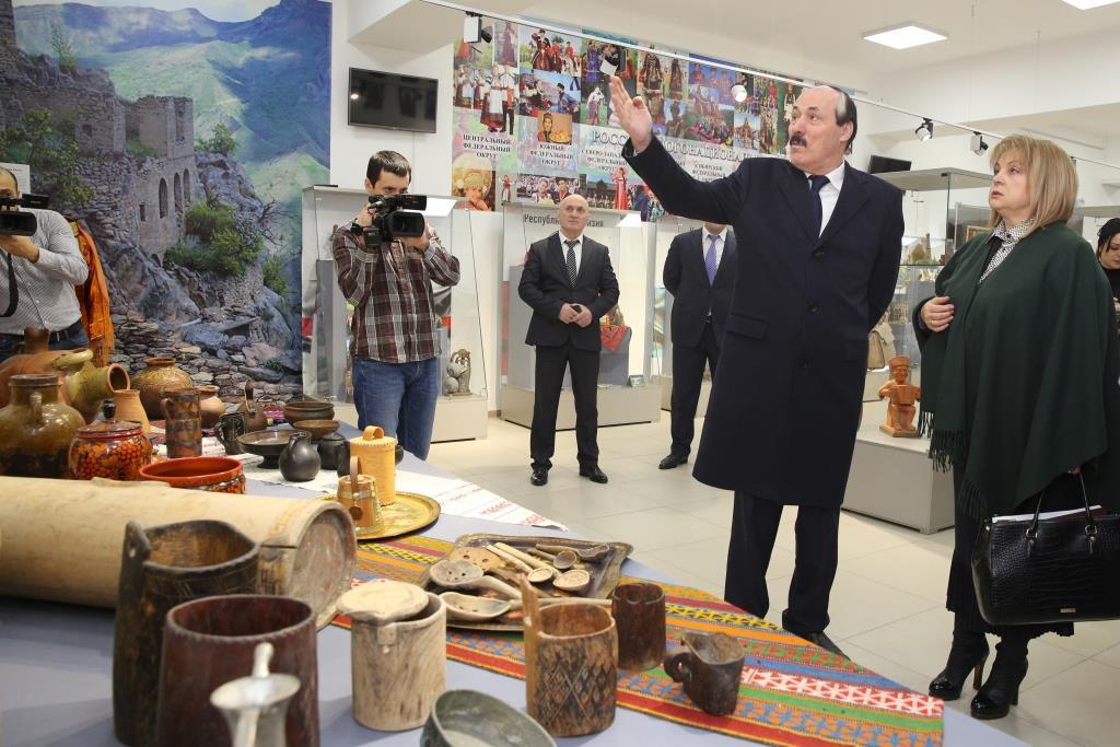Элла Памфилова посетила Музей дружбы народов России в Дагестане