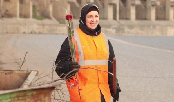 Администрация Кировского района Махачкалы поздравила с 8 марта городских уборщиц