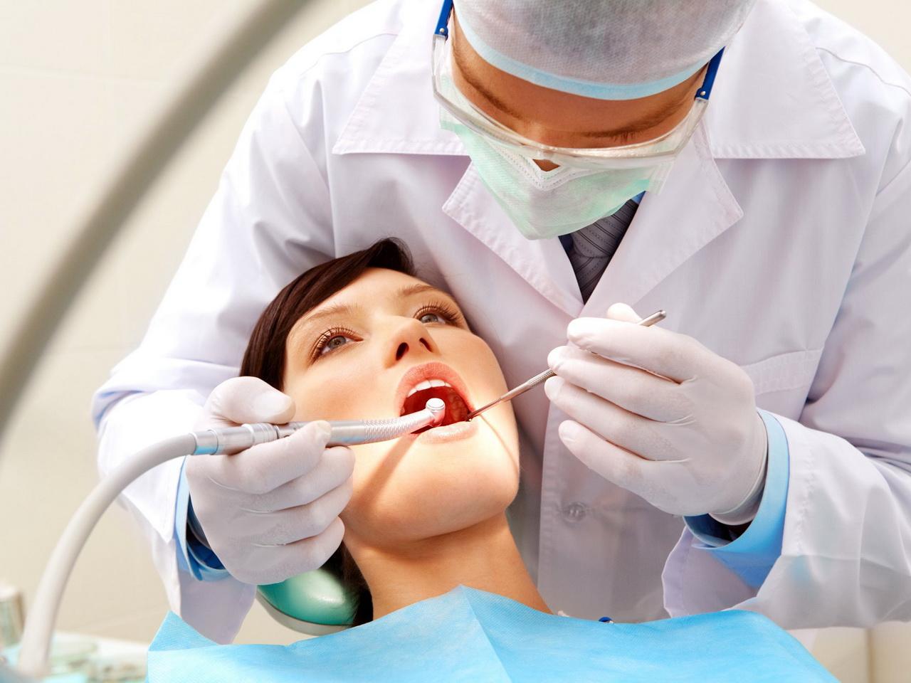 Стоматолог в Махачкале работал без лицензии