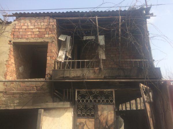 Двое детей погибли при пожаре в частном доме Каспийска