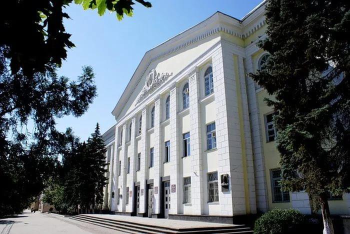 Докторский диссертационный совет по физико-математическим наукам открыли в ДГУ