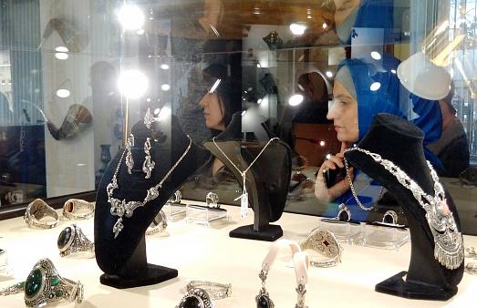 В Махачкале открылась выставка ювелирных украшений