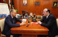 Глава РД провел рабочую встречу с замначальника Управления Президента РФ по работе с обращениями граждан