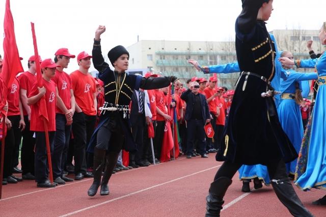 Дагестанских школьников приняли в ряды «Юнармии»