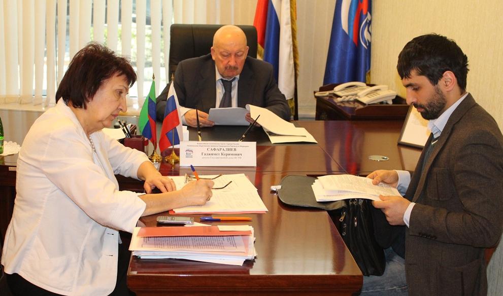 Гаджимет Сафаралиев взялся за Центр Единоборств Дагестана