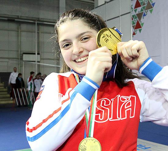 Айзанат Муртазаева победила на первенстве мира по фехтованию