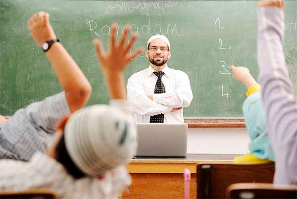 Абдулатипов назвал меры по развитию исламского образования недостаточными