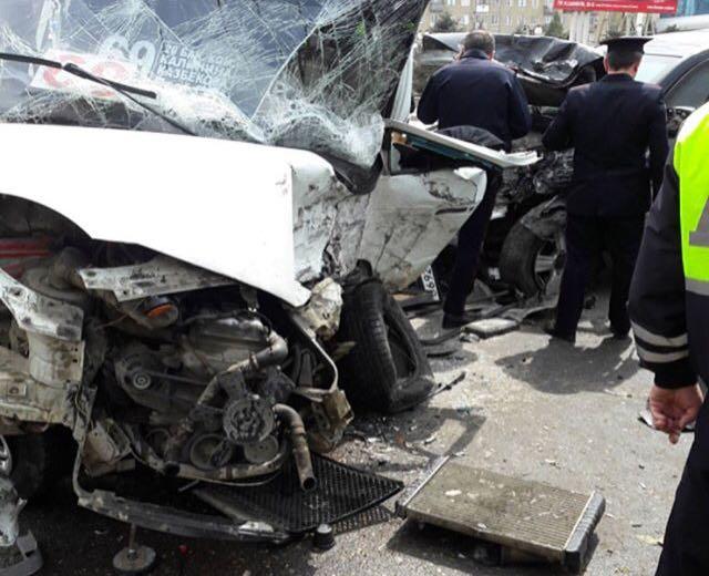 Один погиб и семеро пострадали в ДТП с участием внедорожника и пассажирской