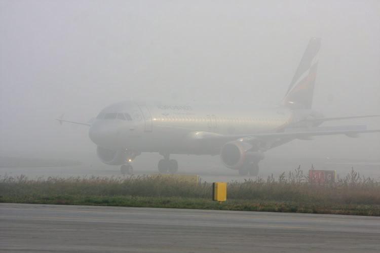 Из-за тумана самолёты, направляющиеся из Москвы в Махачкалу, сели на запасных аэродромах