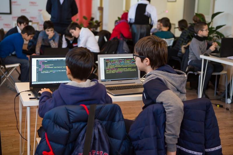 «ПЕРИ инновации» приглашает школьников на второй детский хакатон