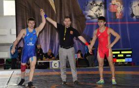 11 медалей получили дагестанские вольники на первенстве России
