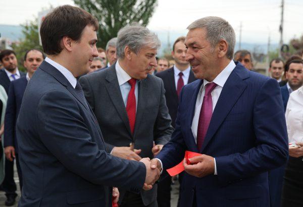 Абдусамад Гамидов принял участие воткрытии нового сервиса республиканского МФЦ