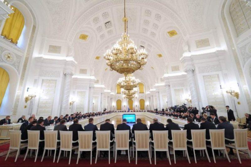 Глава Дагестана вошел в Государственный совет РФ