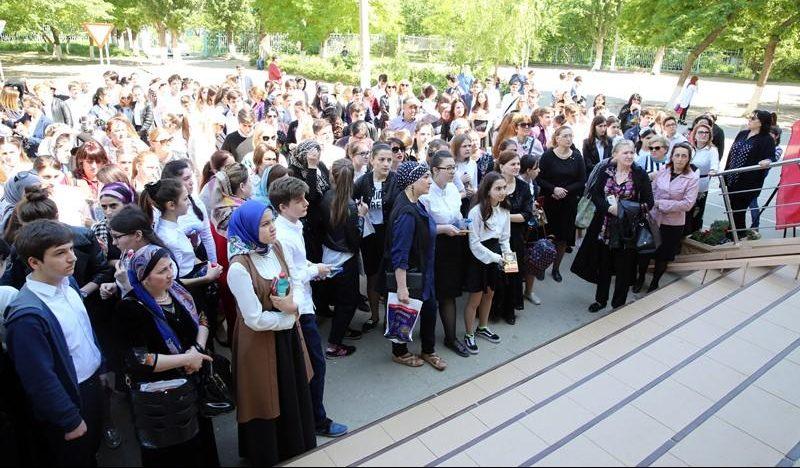 Дагестанские школьники сдали первый экзамен в рамках ГИА-2017