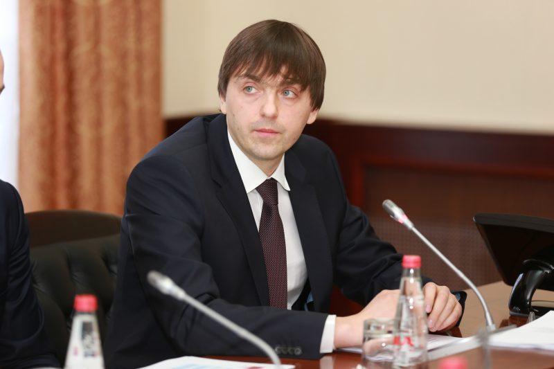 Кравцов: «Ситуация с образованием в Дагестане улучшается с каждым годом»