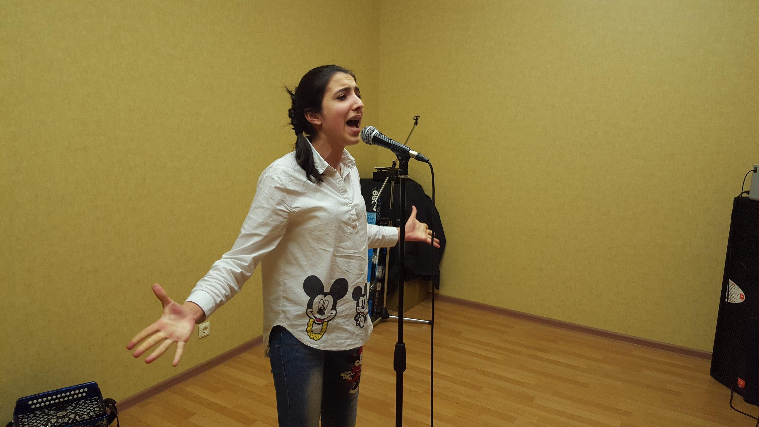 Карина Исмаилова споет в дуэте с Ёлкой