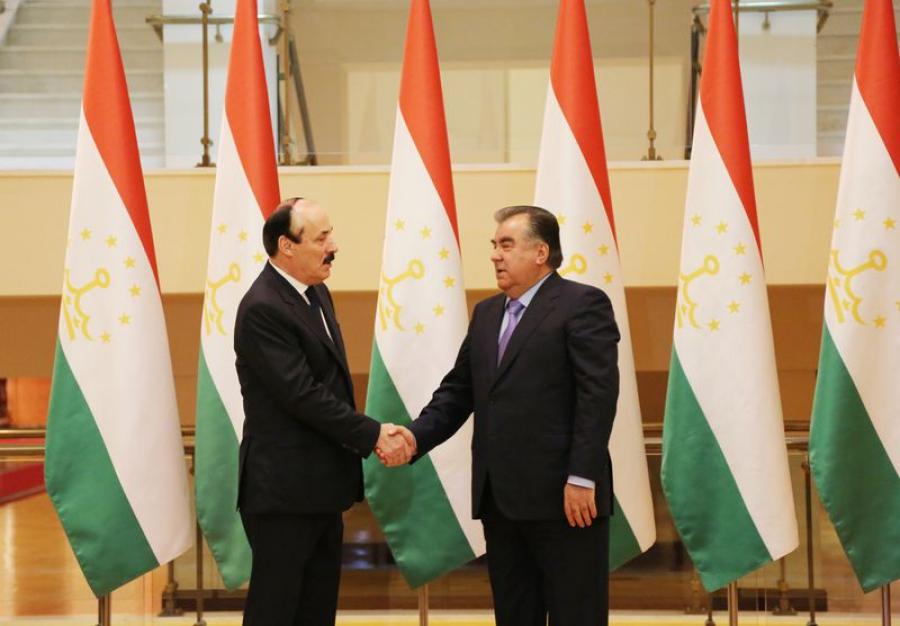 Дагестан и Таджикистан объединит борцовский ковер