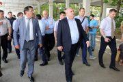 Вице-премьер Шамиль Исаев проинспектировал автовокзалы и рынки Махачкалы
