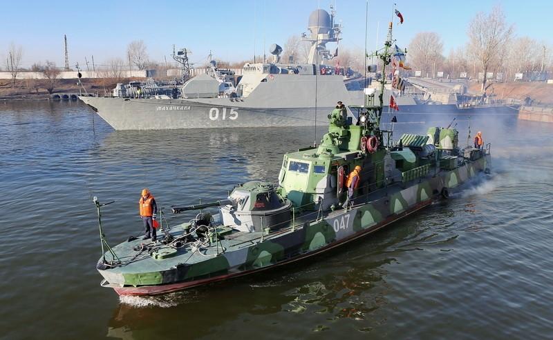 Каспийскую флотилию проверяют на боеготовность